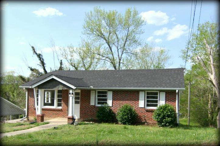 216 E High St, Woodbury, TN - USA (photo 2)