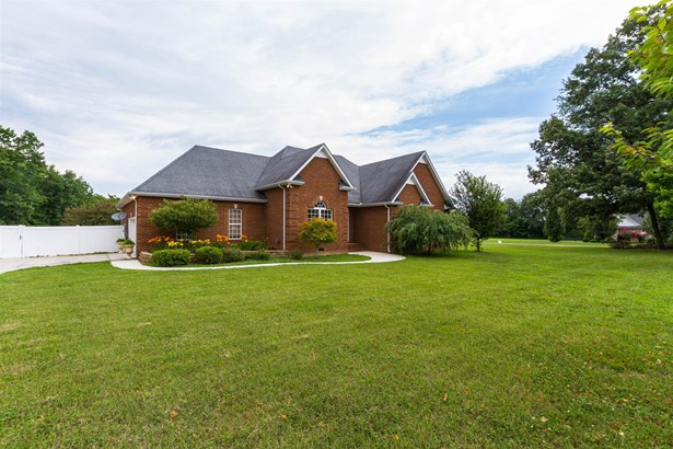 24 Wind Walker Ct, Manchester, TN - USA (photo 2)