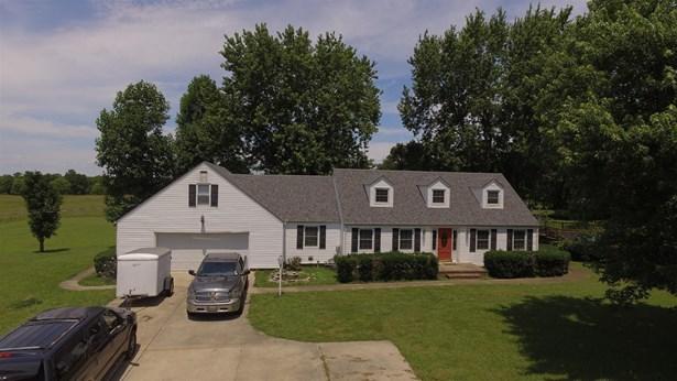 2561 Fairfield Pike, Shelbyville, TN - USA (photo 2)