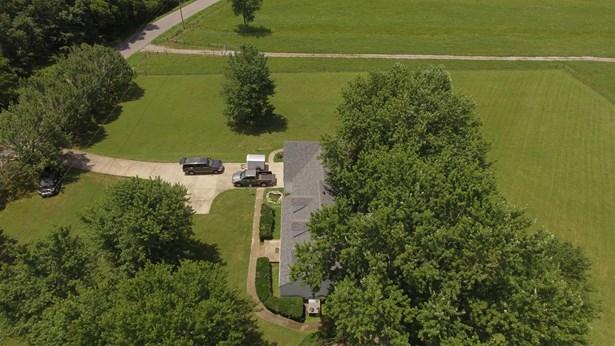 2561 Fairfield Pike, Shelbyville, TN - USA (photo 5)