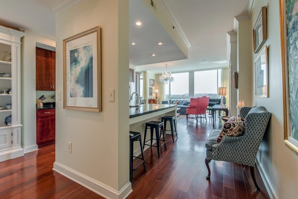 900 20th Ave S Apt 1610, Nashville, TN - USA (photo 2)