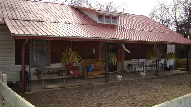 896 Railroad Ave, Shelbyville, TN - USA (photo 1)