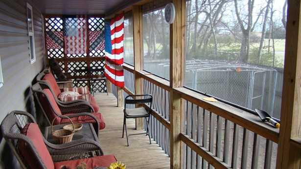 896 Railroad Ave, Shelbyville, TN - USA (photo 3)