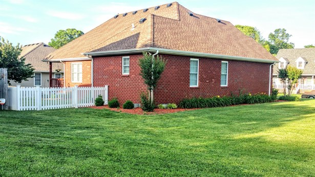 101 Fieldstone Ln, Springfield, TN - USA (photo 2)
