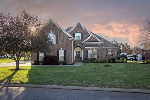 1235 Bayard Ave, Murfreesboro, TN - USA (photo 1)