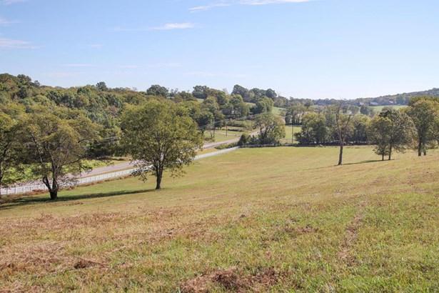2435 Allisona Road, Eagleville, TN - USA (photo 2)