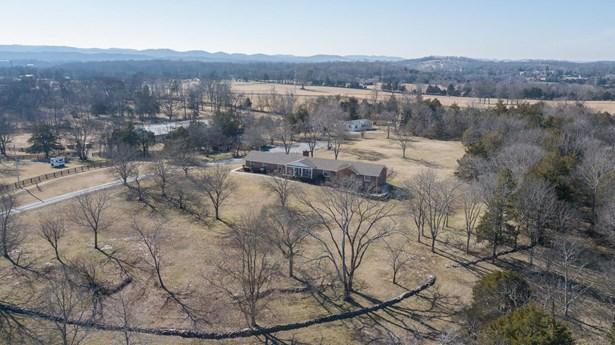 913 Hickory Hills Dr, Franklin, TN - USA (photo 3)