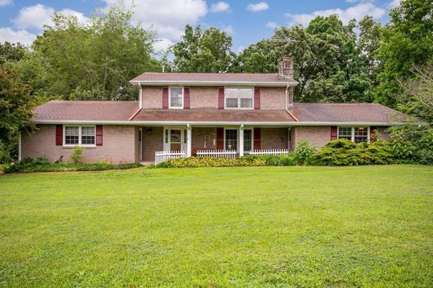 1310 Lee Brown Rd, Bon Aqua, TN - USA (photo 1)