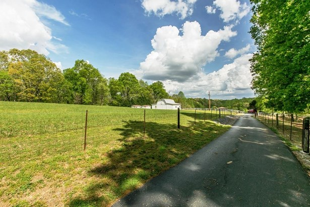 230 Rose Acres Ln, Winchester, TN - USA (photo 5)