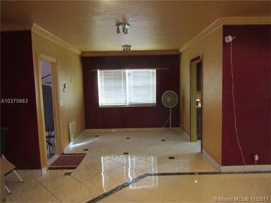 6760 Kimberly Blvd, North Lauderdale, FL - USA (photo 4)