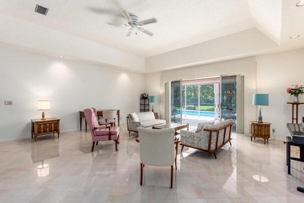 Single-Family Home - Tequesta, FL (photo 4)