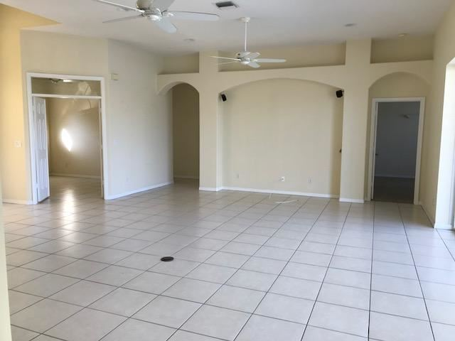 1528 Sw Mockingbird Circle, Port St. Lucie, FL - USA (photo 5)