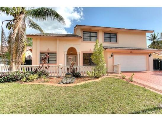 6424 Nw 200th St, Hialeah, FL - USA (photo 1)