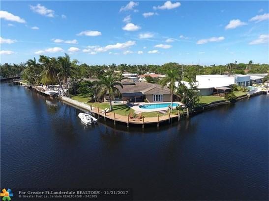 2100 Ne 17th Ave, Wilton Manors, FL - USA (photo 2)