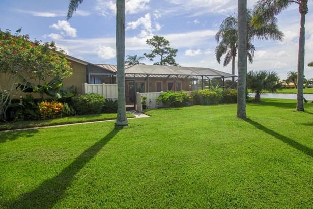 Condo/Townhouse - Palm Beach Gardens, FL (photo 3)