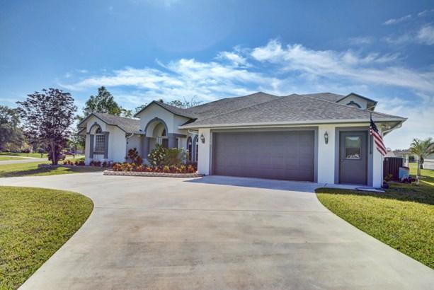 2086 Sw Bird Avenue, Port St. Lucie, FL - USA (photo 2)
