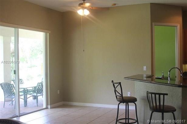 2375 Sw 185th Ave, Miramar, FL - USA (photo 3)