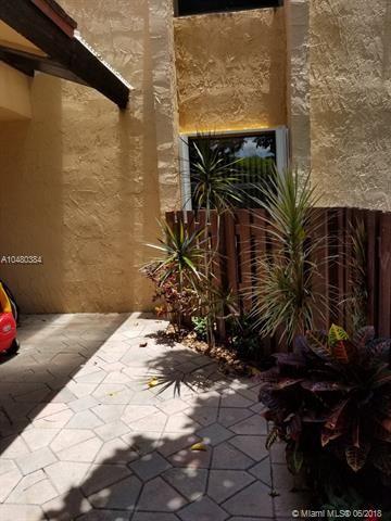 381 W Park Dr  #16-205, Miami, FL - USA (photo 5)