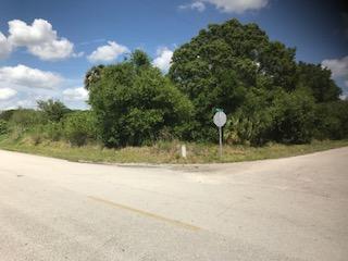 7915 Nw 86th Court, Okeechobee, FL - USA (photo 3)