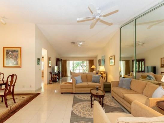3299 Lake Shore Drive, Deerfield Beach, FL - USA (photo 3)
