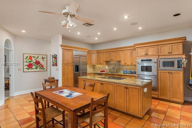 1776 Chucunantah Rd, Miami, FL - USA (photo 4)