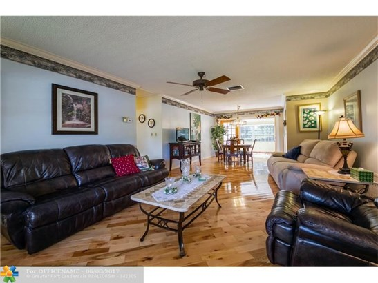 1100 Nw 45th St, Deerfield Beach, FL - USA (photo 3)