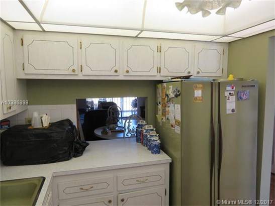 7787 Golf Cir Dr, Margate, FL - USA (photo 3)