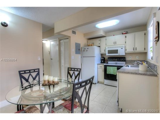 7510 Sw 152nd Ave  #c208, Miami, FL - USA (photo 4)