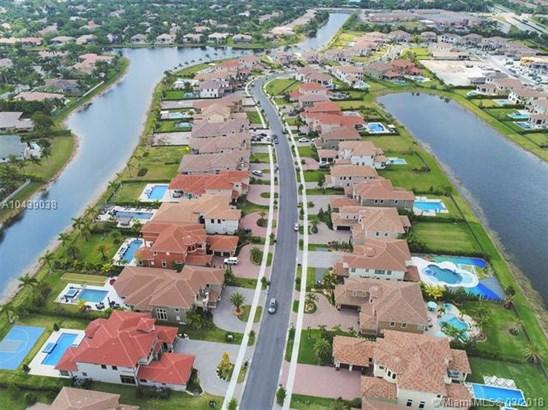 10280 Sweet Bay Ct, Parkland, FL - USA (photo 3)