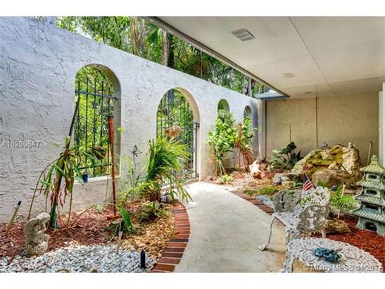 15201 Sw 82nd Ave, Palmetto Bay, FL - USA (photo 4)