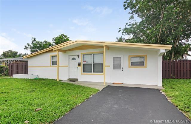 4351 Nw 11 Street, Lauderhill, FL - USA (photo 2)