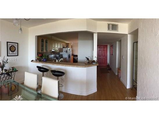 Rental - North Miami, FL (photo 5)