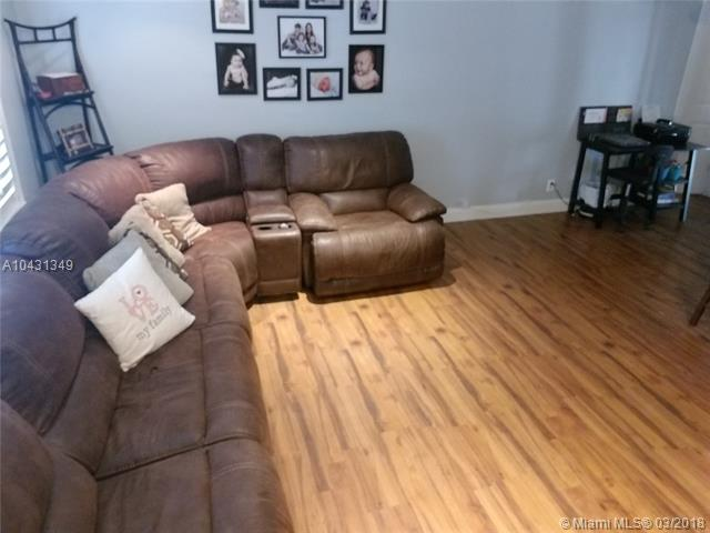 10540 Nw 43rd St, Coral Springs, FL - USA (photo 2)