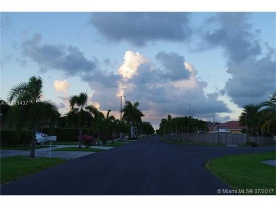 506 Se 12th Ter, Homestead, FL - USA (photo 4)
