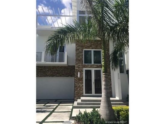 Rental - Doral, FL (photo 2)
