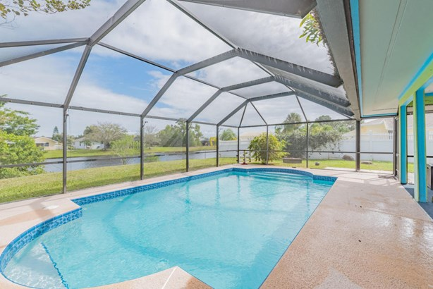 2441 Se Leithgow Street, Port St. Lucie, FL - USA (photo 1)