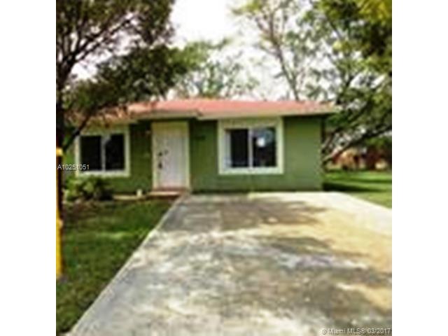Single-Family Home - Florida City, FL (photo 1)