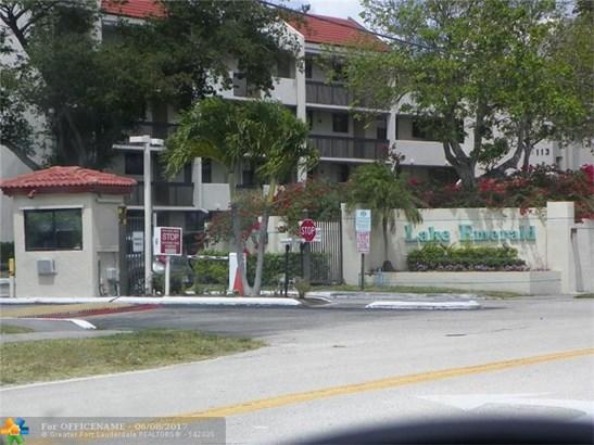 117 Lake Emerald Dr #108, Oakland Park, FL - USA (photo 2)