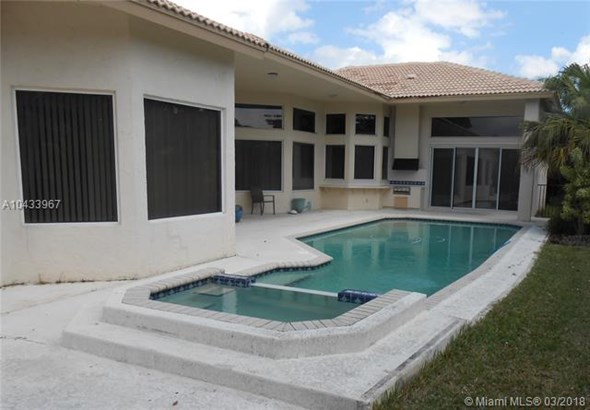 10648 Nw 49th Ct, Coral Springs, FL - USA (photo 4)