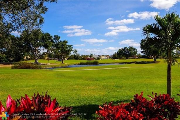 710 E Coco Plum Cir #6, Plantation, FL - USA (photo 4)