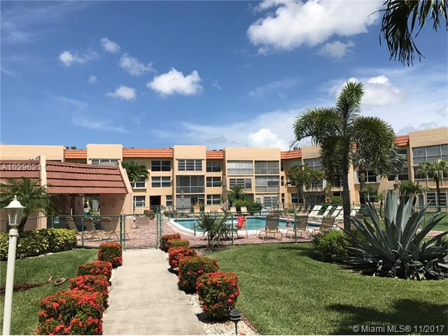 6600 Royal Palm Blvd, Margate, FL - USA (photo 1)