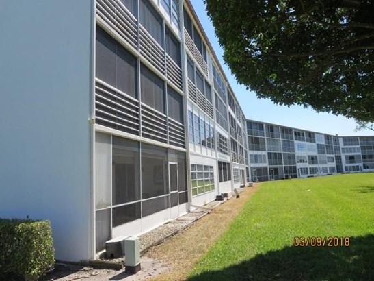 2089 Cornwall, Boca Raton, FL - USA (photo 2)