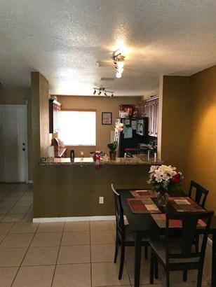 803 Nw 208th Terrace, Pembroke Pines, FL - USA (photo 5)