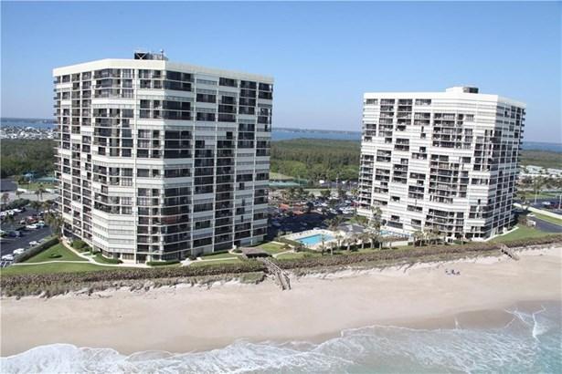 9550 S Ocean Drive 1909, Jensen Beach, FL - USA (photo 1)