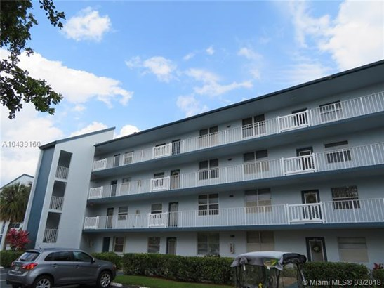 1650 Nw 80th Ave  #301, Margate, FL - USA (photo 1)