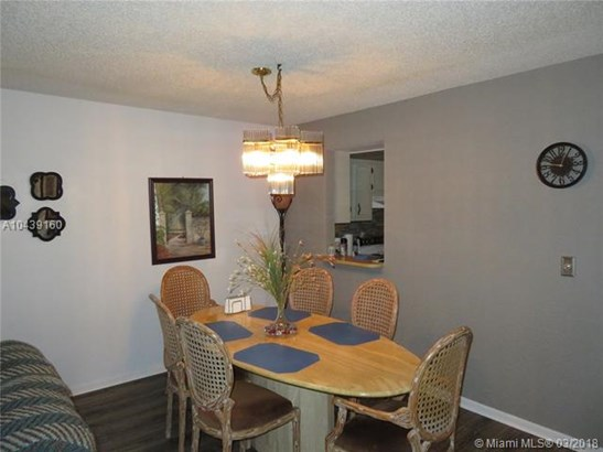 1650 Nw 80th Ave  #301, Margate, FL - USA (photo 5)