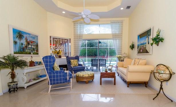 Single-Family Home - Lake Worth, FL (photo 4)