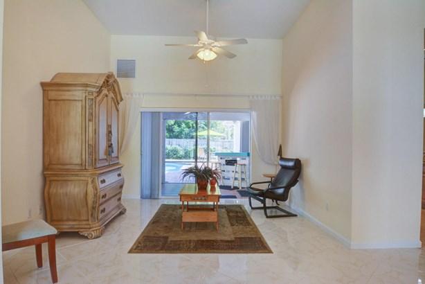 2555 Se West Blackwell Drive, Port St. Lucie, FL - USA (photo 5)