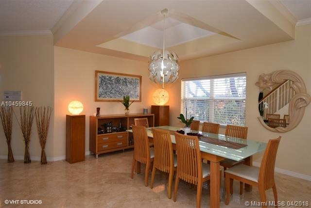 1625 Sw 156th Ave, Pembroke Pines, FL - USA (photo 3)