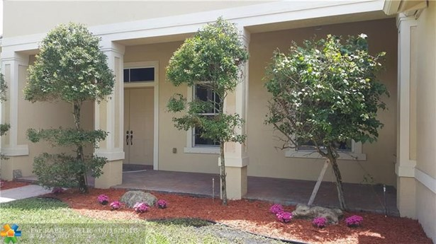11566 Hibbs Grove Dr, Cooper City, FL - USA (photo 4)